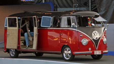 Classic Vw Bus Limo Volkswagen Cars Background Wallpapers On