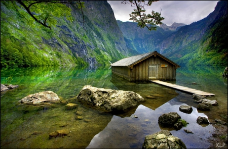 Lake Obersee - Obersee, rocks, quiet, lovely, cottage, beautiful, cabin, lake, mirrored, mountain, stones, calm, cliffs, serenity, reflection