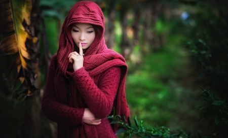 * Shhh... * - forest, lovely, girl, dreamer, silence, dreams, beauty
