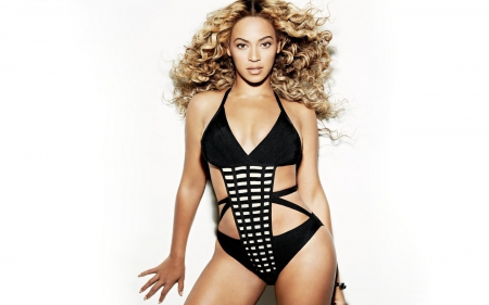 Beyonce - dress, celebrity, Beyonce, music, beyonce knowles, singer, songwriter, dancer, entertainment, people