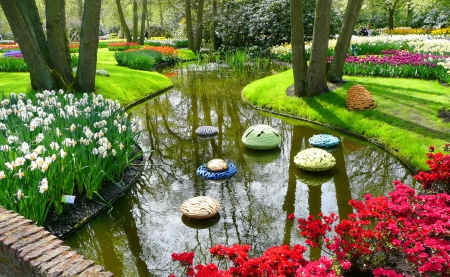 Keukenhof spring - pretty, colorful, grass, beautiful, Holland, flowers, beauty, keukenhof, tulips, lovely, spring, park, freshness, pond, alleys, garden, nature, walk