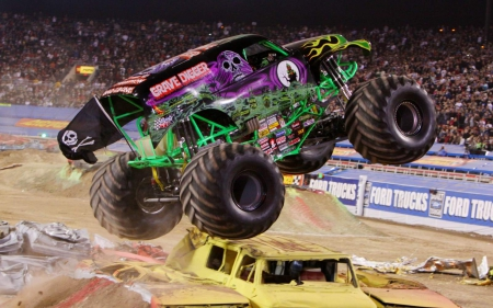 Digger Styling - cars, grave digger, vehicles, trucks, monster trucks