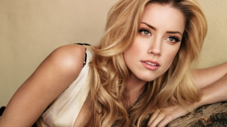 Amber Heard - blonde, female, actress, sexy