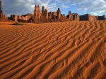 sand totem poles in monument valley utah
