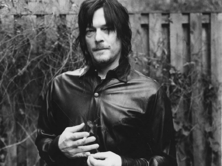 Norman Reedus Aka Daryl Dixon Tv Series Entertainment