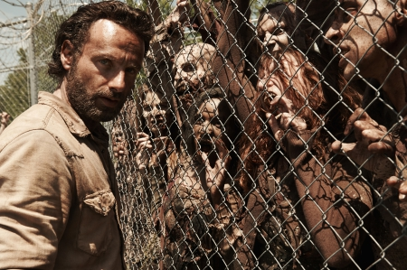 Rick Grimes & Walkers - zombies, Rick Grimes, walkers, TV series, entertainment, The Walking Dead, Andrew Lincoln