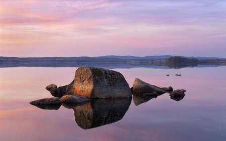 Swedish spring - rocks, dusk, sunset, clouds, wallpaper, sunrise, reflection, pink, dawn, HD, spring, sky, lake, water, purple, mountains, colours, nature, scene, landscape
