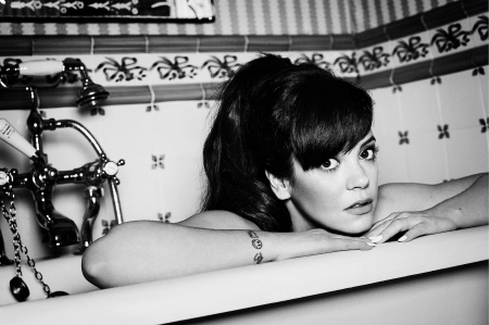 Lily Allen - female, babe, esquire, music, pop, Lily Allen, beautiful, singer, sexy, hot, beauty