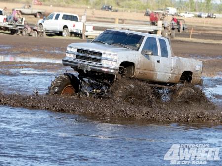 Chevy Silverado Mud Bogging Chevrolet Cars Background Wallpapers