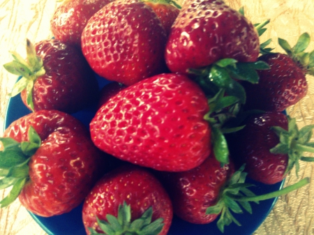 ❤ strawberries - red, special, moment, fruits, healthy, strawberries