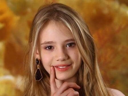 Elona cute blonde girl candydoll - Models Female & People ... | 450 x 337 jpeg 104kB