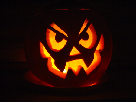 Halloween Pumpkin - angry, irish, pumpkin, halloween, scarry, samhain, dark, celtic