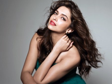 Deepika Padukone - beauty, badminton player, bollywood, actress