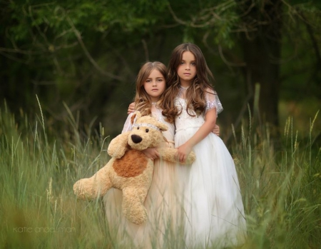 In the woods - pure feelings, people, together, woods, sisters, girls, teddy bear