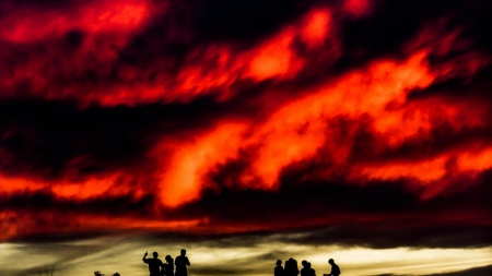 silhouettes of children under a fiery sky hdr - red, fiery, silhouettes, children, hdr, clouds, sky