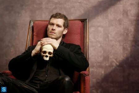 Niklaus Mikaelson - celebrity, the vampire diaries, the originals, klaus mikaelson, cranium, entertainment, people, niklaus mikaelson, tv series, joseph morgan, bones, skull, actors