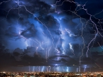 spectacular lightning strikes
