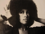 Pam Grier with the natural
