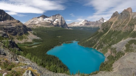 Canadian Lake - lakes, mountains, aqua, nature, clouds, sky, blue