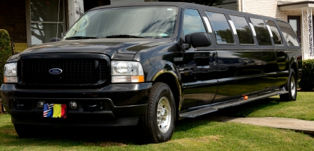 Ford Excursion Limousine - limousine, limo, excursion, Ford Excursion Limousine