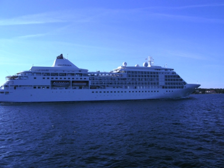 Silversea - Cruise Ships & Boats Background Wallpapers on ...