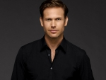 Matthew Davis as  Alaric