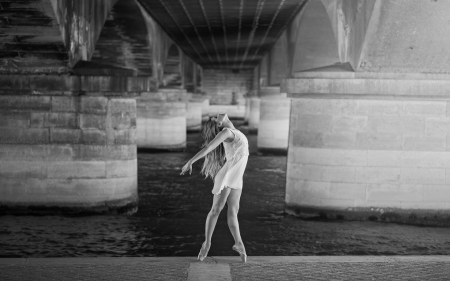 Expressive Dance - art, dress, black white, still, woman, dancing, monochrome, dancer, picture, building, city, girl