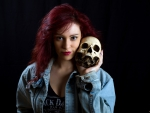 girl with skull