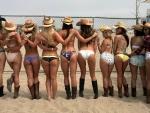 Cowgirls Surfing Team
