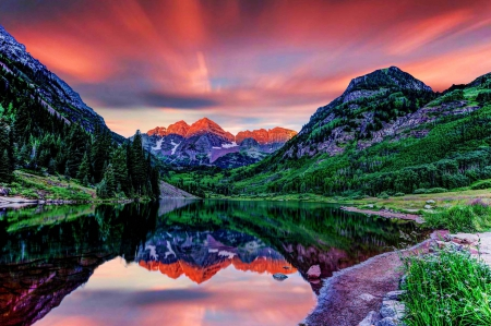 Maroon Bells, Elk Mountains, Colorado - Mountains & Nature