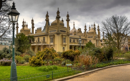 The Royal Pavilion in Brighton, England - architecture, fance, trees, buildings