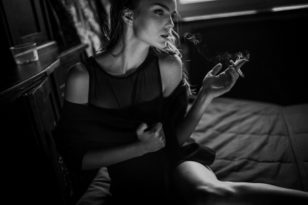 Just Hold On A Little Longer - feel, feeling, black and white, beautiful, woman, think, heart, portrait, smoke
