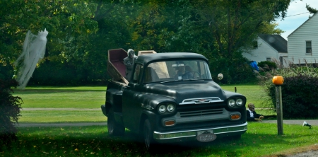 Classic Halloween Chevy Truck Chevrolet Cars Background