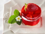 Cheesecake with Strawberries in Jelly