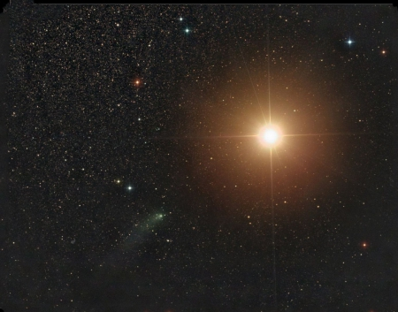 Comet Siding Spring Passes Mars - stars, fun, cool, mars, planet, space, comet