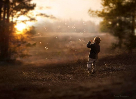 Morning with bubbles - cute, bubbles, nature, morning, child