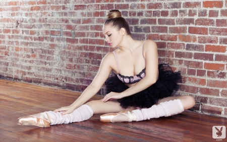 Ballerina - beauty, brunette, ballerina, model