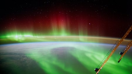 ISS over Aurora Borealis - ISS, space, Space Station, aurora, aurora borealis