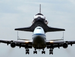 Space Shuttle Discovery - Boeing 747 Shuttle Carrier