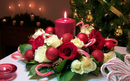 Advent - red, advent, holidays, blessed, christmas, roses, abstract, candles, winter, flowers, cakes, evening, white