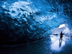 Iceland_cave