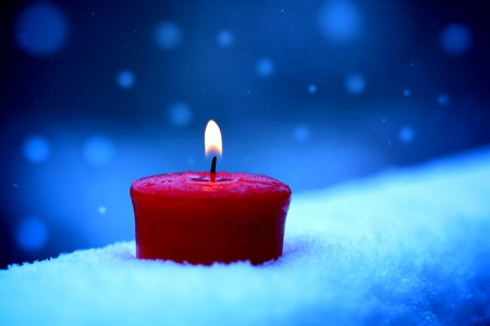 Heart Beat ♥ - candle, glow, lovely, beautiful, winter, snowflake, photography, snow, light