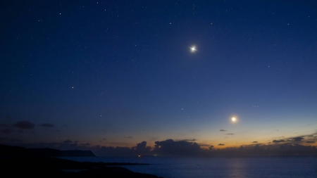 stars over an ocean - stars, cool, space, ocean, nature, fun