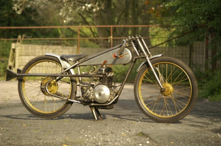 BSA Racing - not for sale, rpms, money, fast