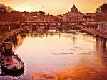 River Tiber in Rome_(Italy)
