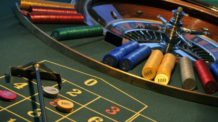 Good luck - gambling, 1600x900, roulette, chips