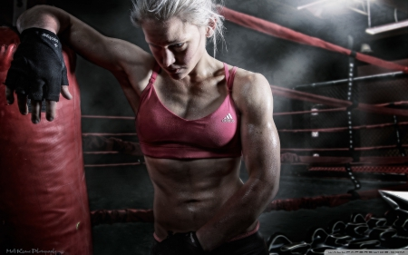 keep-fighting-and-never give up - fighting, female, inspire, sports