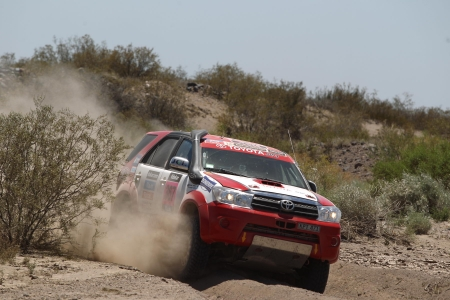 Toyota Fortuner - thrill, 4x4, offroad, rally