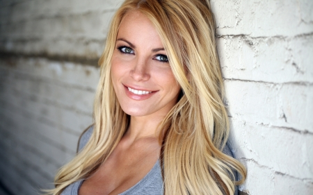 Crystal Harris - 06, girl, 29, 2015, picture