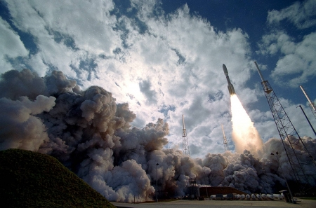 New Horizons Launch to Pluto - rocket, fun, cool, space